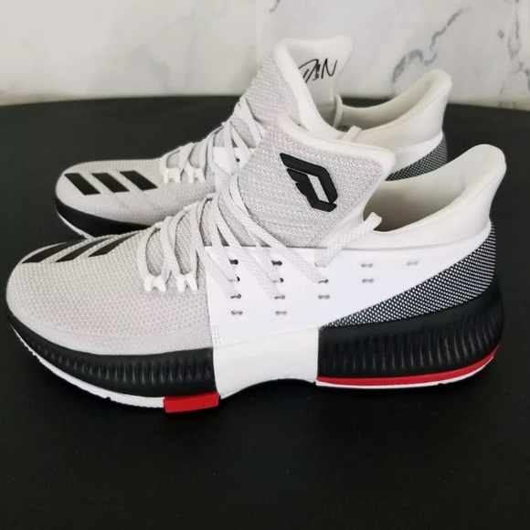 save off fb5e7 73997 Adidas Dame White Basketball Shoes Sz 10